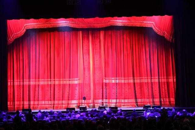 TT_Pollstar Crimson Cabaret Set 7