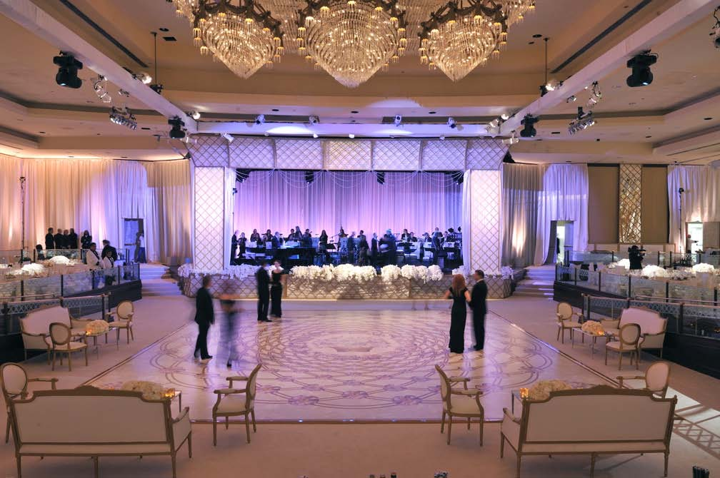 pd_white-sup-ballroom